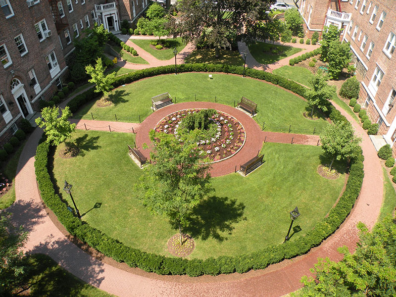 view of courtyard from above